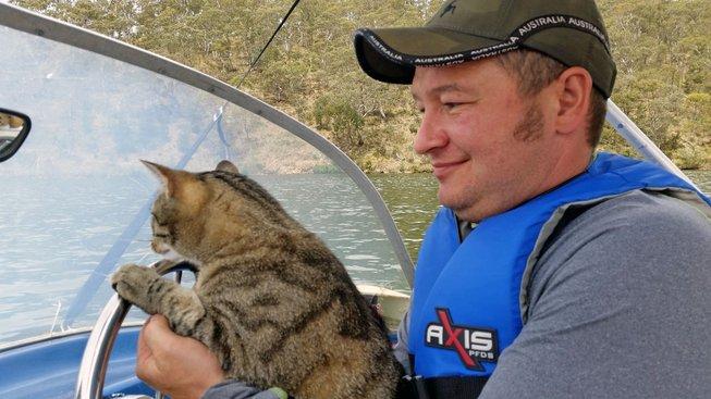 Kočka, nečekaný parťák na túru i do stanu